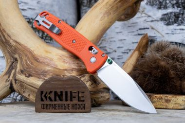 "Нож ""Bugout"" Crucible CPM S30V Orange Nylon CU535-SS-S30V-NYLON-ORG от Benchmade — Kknife"